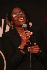 Wayeta, Live singer